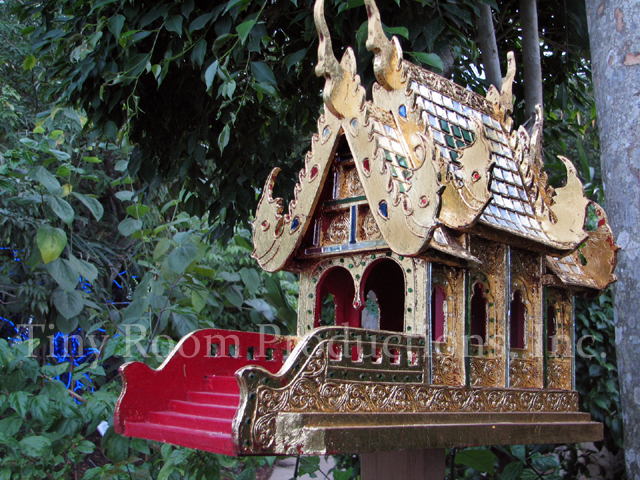 thai-spirit-house